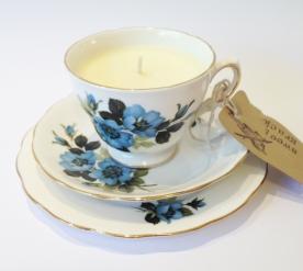Vintage Royal Vale Teacup Candle