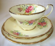 Vintage Teacup Candle Trio